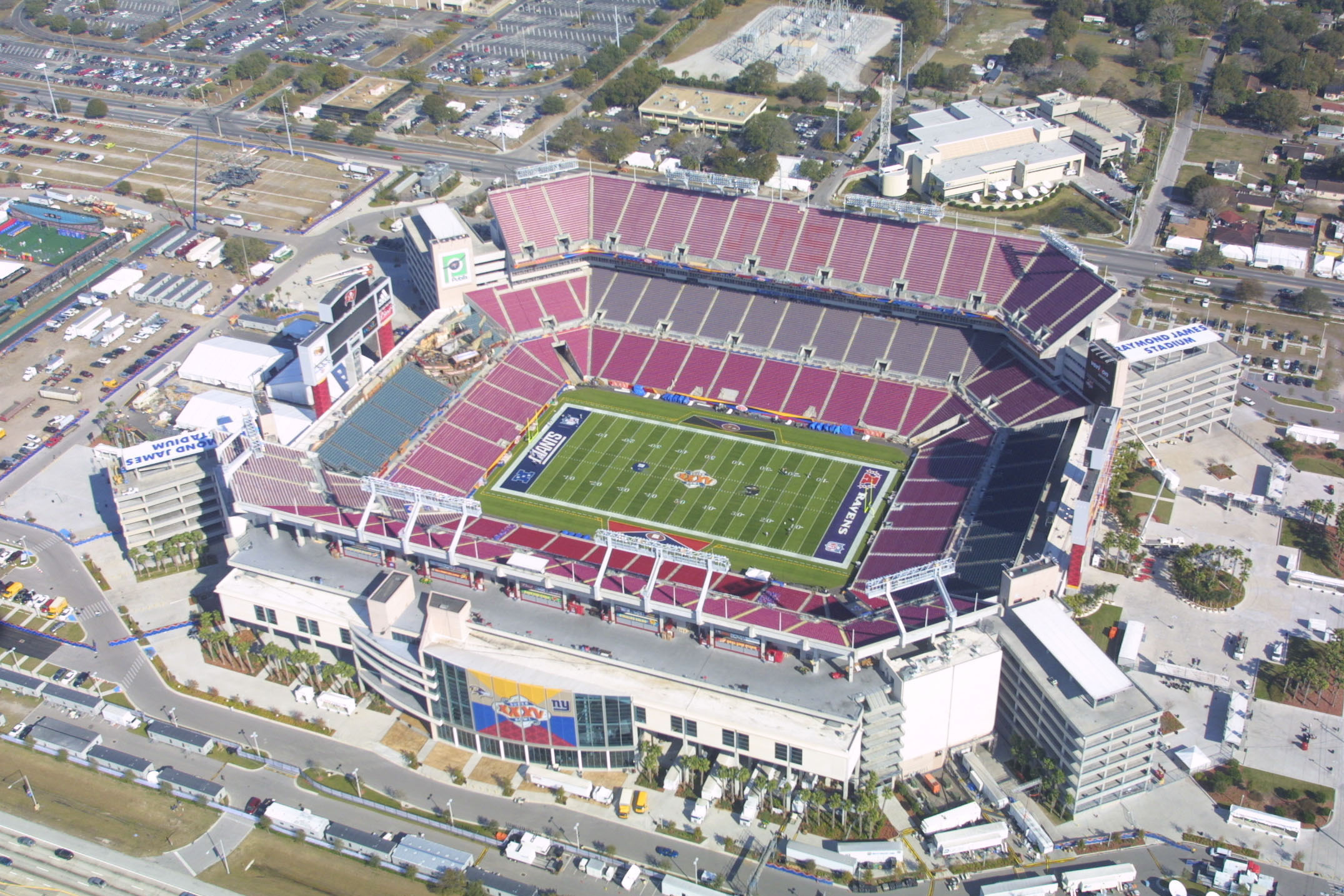 Tampa Bay Buccaneers Stadium Scoreboard Catches Fire Bleacher Report Latest News Videos And Highlights