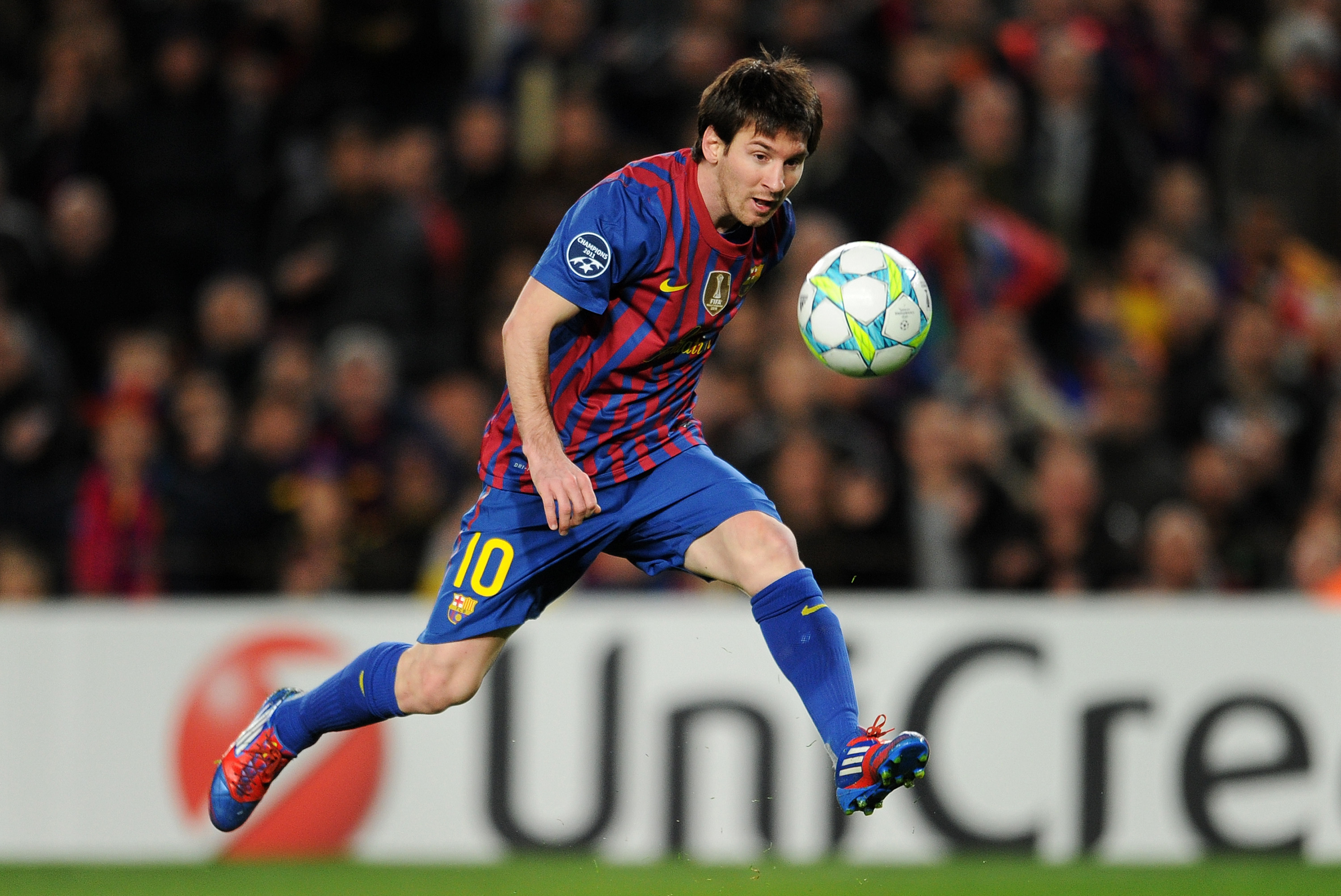 Barcelona Vs Bayer Leverkusen Lionel Messi Cements Status As Best In The World Bleacher Report Latest News Videos And Highlights