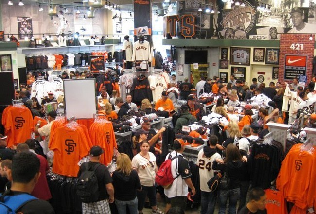 huge discount dfaa9 77d0d San Francisco Giants: 6 Homemade Designs That Should Be Sold ...