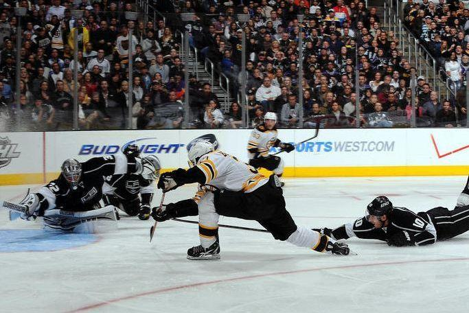 8 Games Remaining: Boston Bruins Dethrone LA Kings 4-2 ...Bruins Bleacher Report