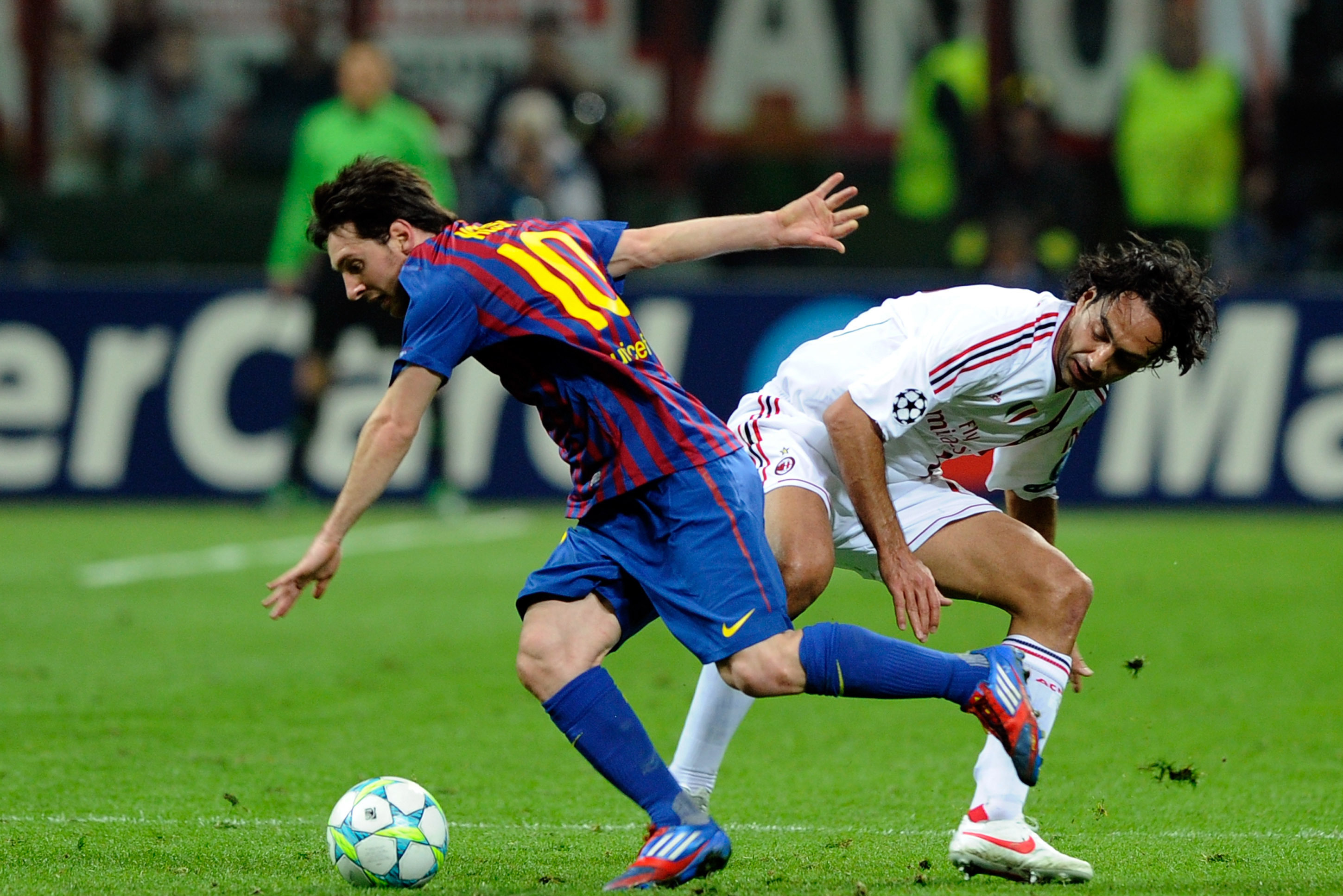 Fc Barcelona Vs Ac Milan Will Barca Survive The Next Champions League Match Bleacher Report Latest News Videos And Highlights