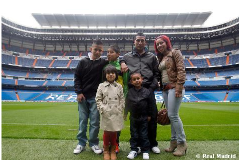 7e782cd57 Real Madrid  Happy Ending for Villamar Family Insulted in Match ...