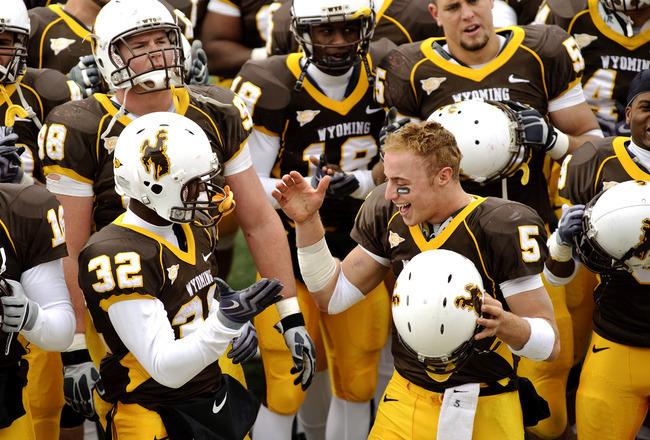 College Football's 15 Worst Uniform Color Combinations ...