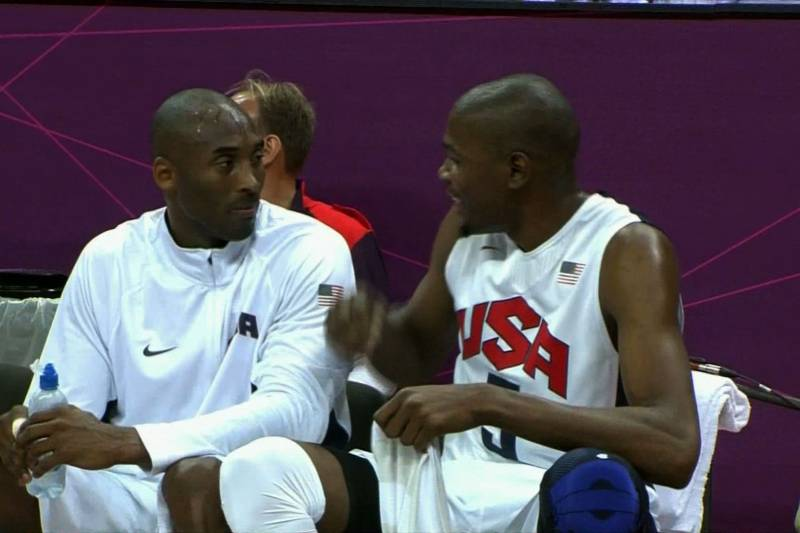 the latest 897ad d57d1 Kevin Durant and Kobe Bryant Compare Haircuts on the Bench ...
