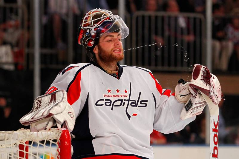 Washington Capitals Why They Must Lock Up Both Their Young Goaltenders Bleacher Report Latest News Videos And Highlights