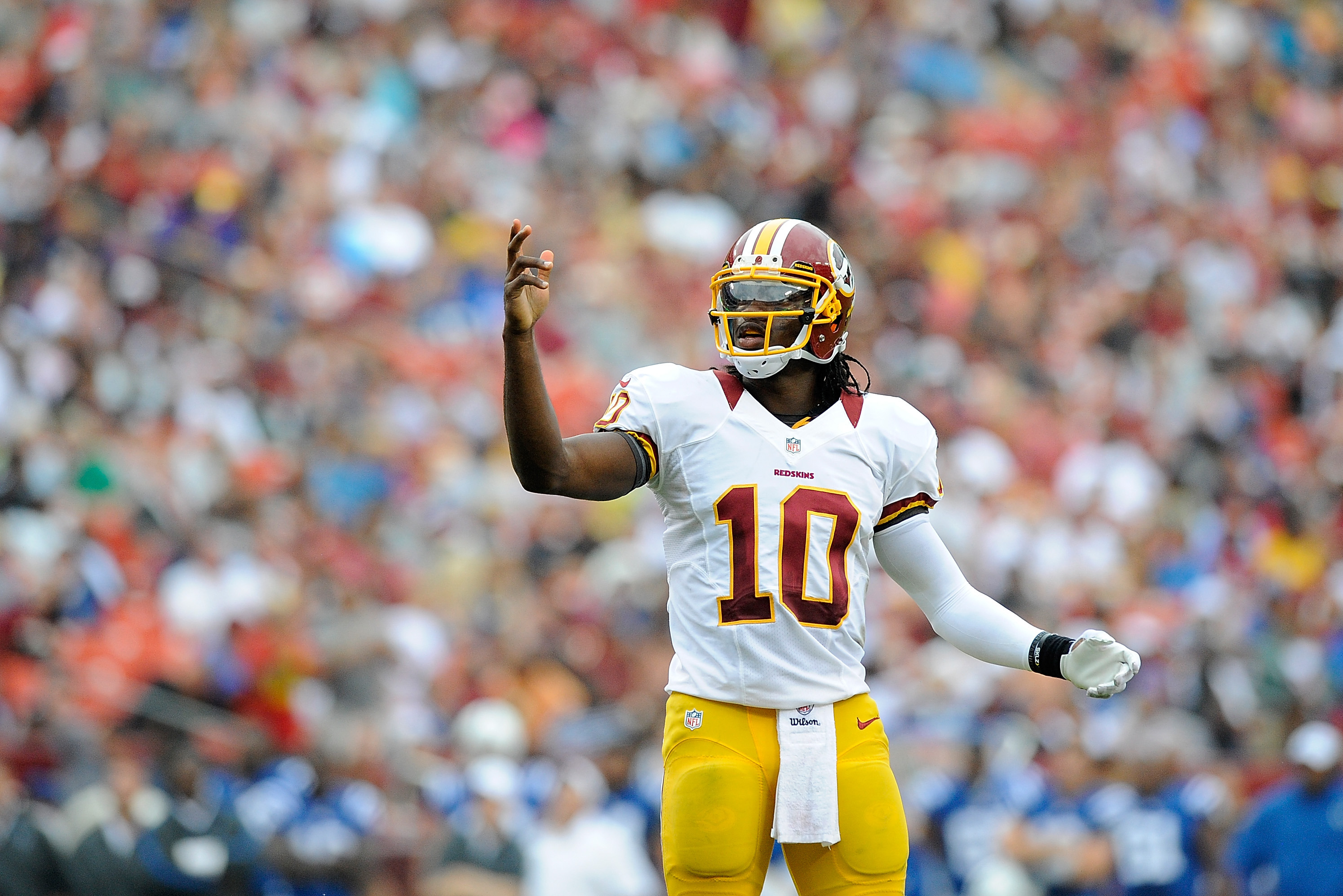 639579dd Andrew Luck vs. Robert Griffin III: Analyzing Rookie QBs in ...