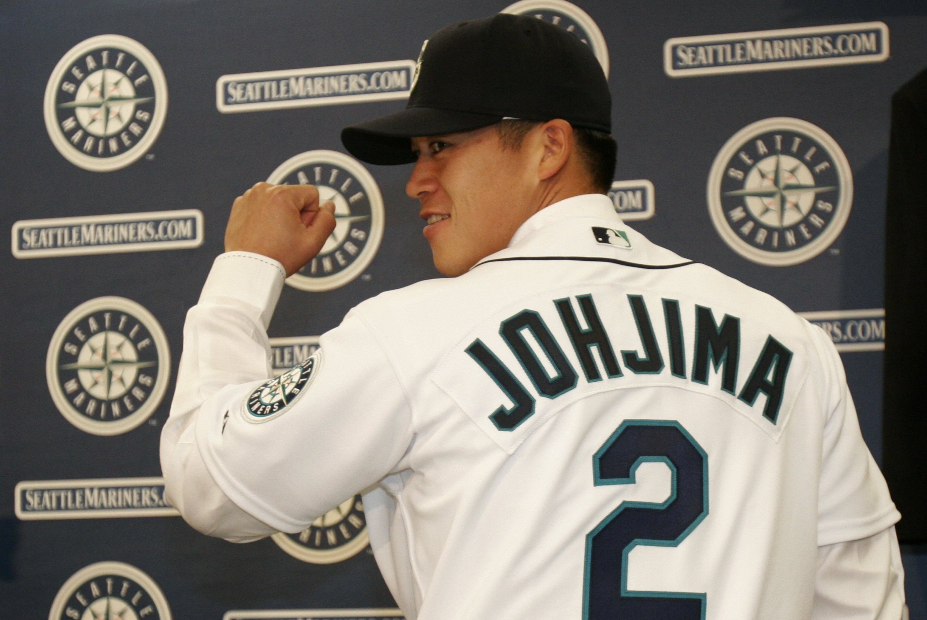 Seattle Mariners: Kenji Johjima Retires as Time Catches Up to Him ...