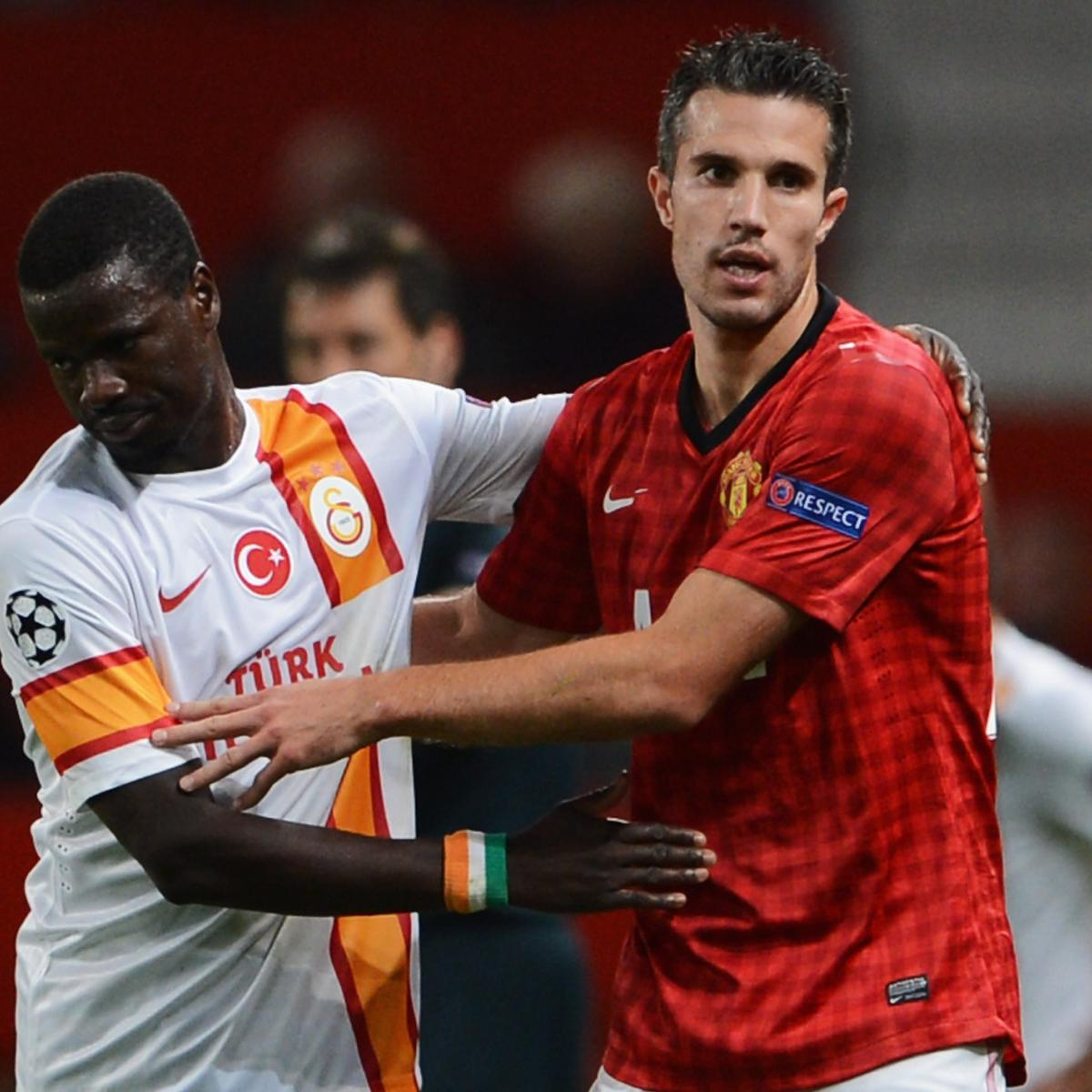 Cfr Cluj: CFR Cluj Vs. Manchester United: Robin Van Persie And Red