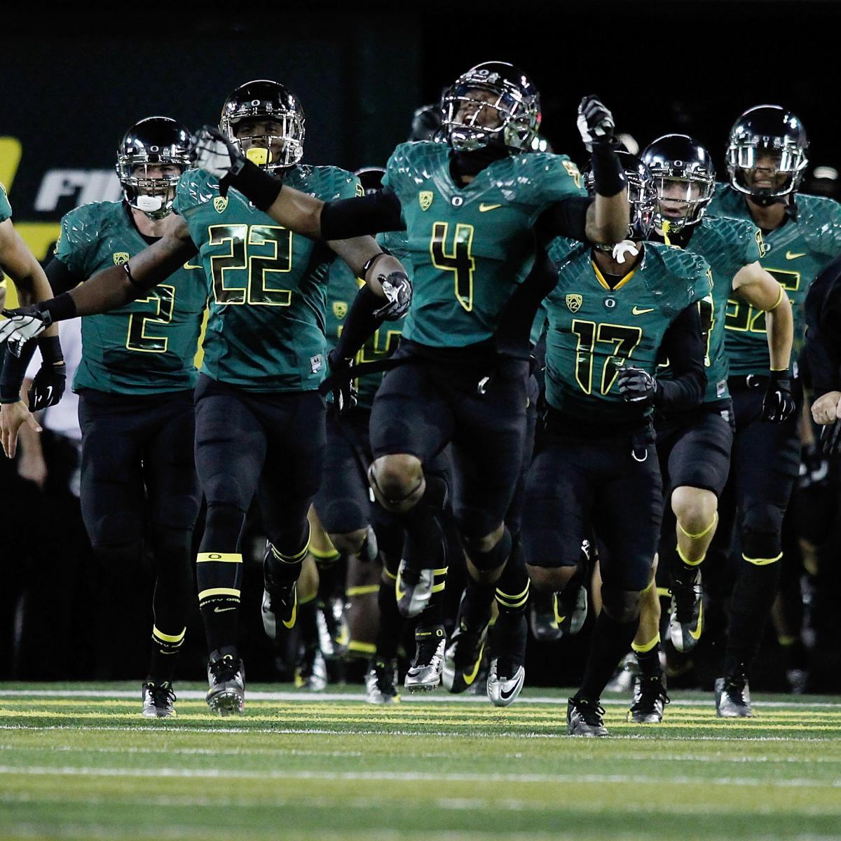 Projecting the Top 25 Teams from the First BCS Rankings of ...