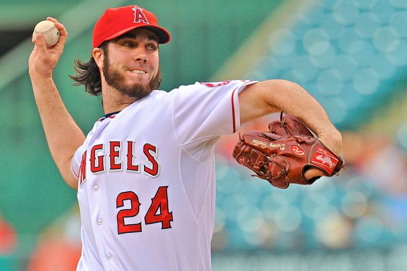 Dan Haren Reportedly Becomes Free Agent After Angels Decline ...