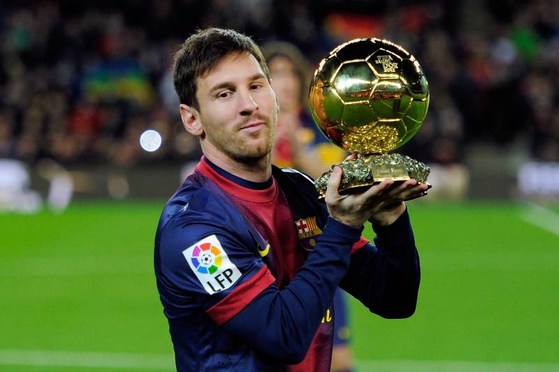 aac11777f7e BARCELONA, SPAIN - JANUARY 16: Lionel Messi of Barcelona FC offers his 4th  ballon