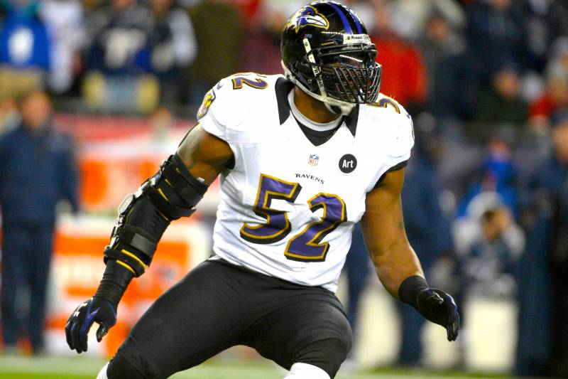 super popular b3442 0fd4c Ray Lewis Reportedly Used Banned Substance During Recovery ...