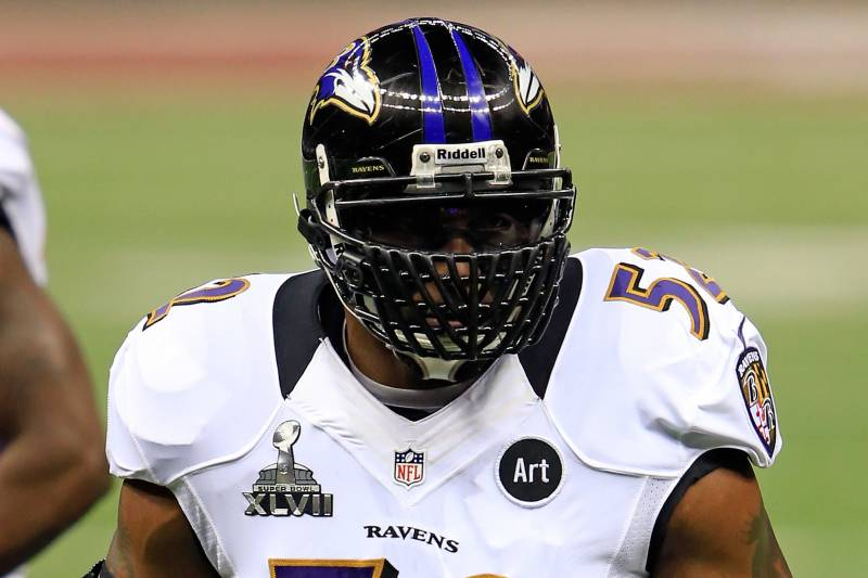 buy popular 14044 9f85b Ray Lewis Facemask: Breaking Down Ravens Star's Frightening ...