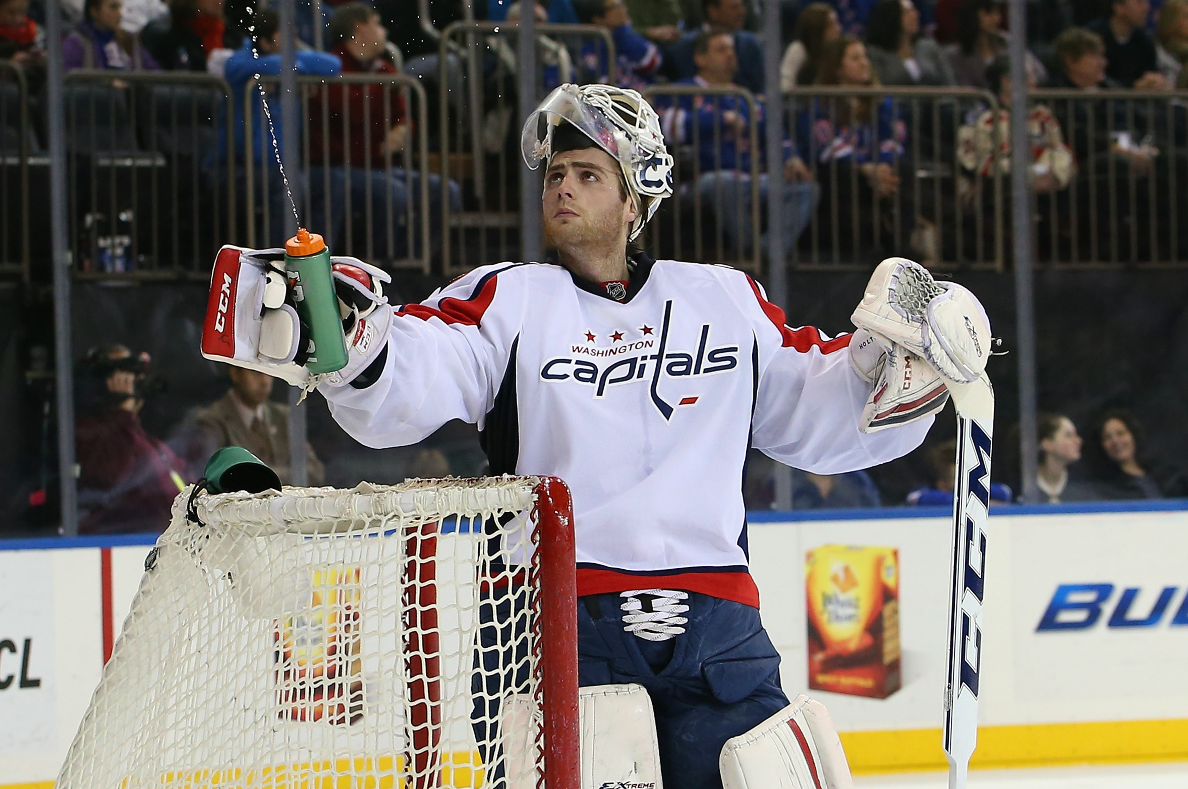 Washington Capitals Why Goalie Braden Holtby Needs To Remain The Man In Net Bleacher Report Latest News Videos And Highlights