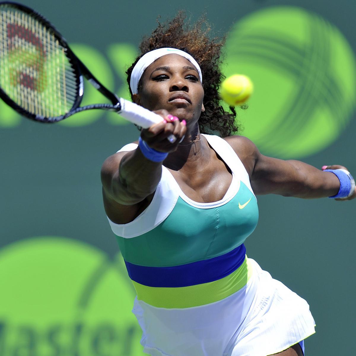 WTA Finals: Serena Williams comes through against Caroline