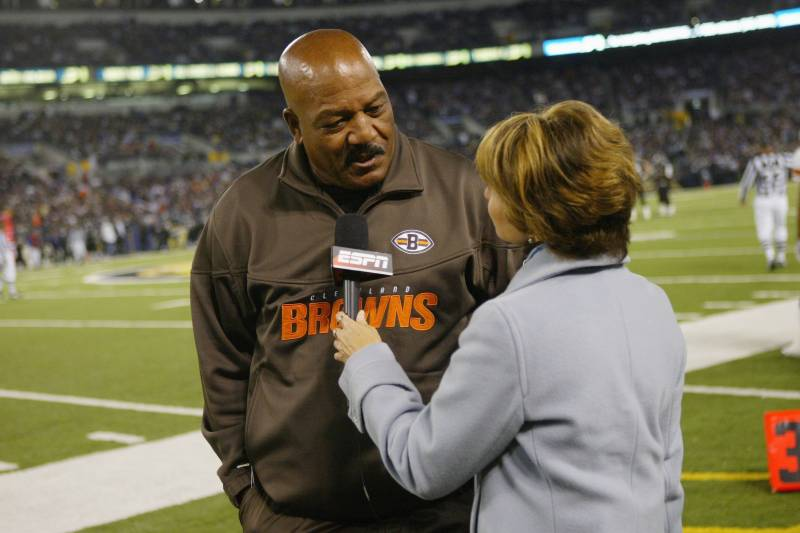 Jim Brown Highlights >> Are The Browns Making A Mistake Giving Jim Brown A Bigger