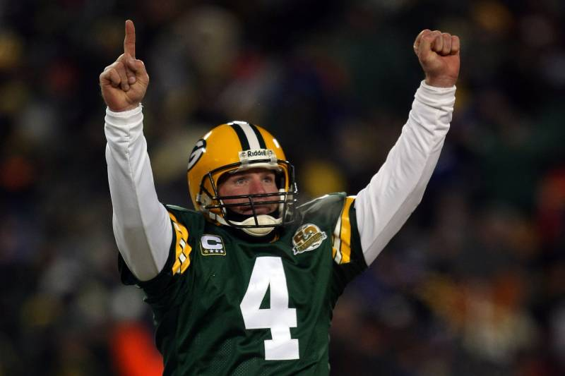 new arrival eaf43 faa35 Are Brett Favre and the Green Bay Packers Finally Inching ...