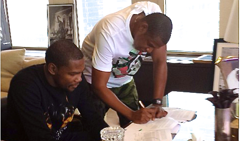 690b194d6414 Kevin Durant Officially Joins Jay-Z s Roc Nation Sports