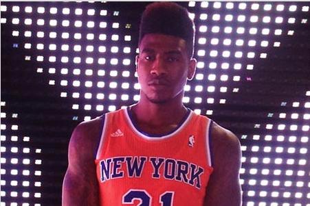 c9d33e612bce Is Iman Shumpert Wearing an Orange New York Knicks Jersey of the Future