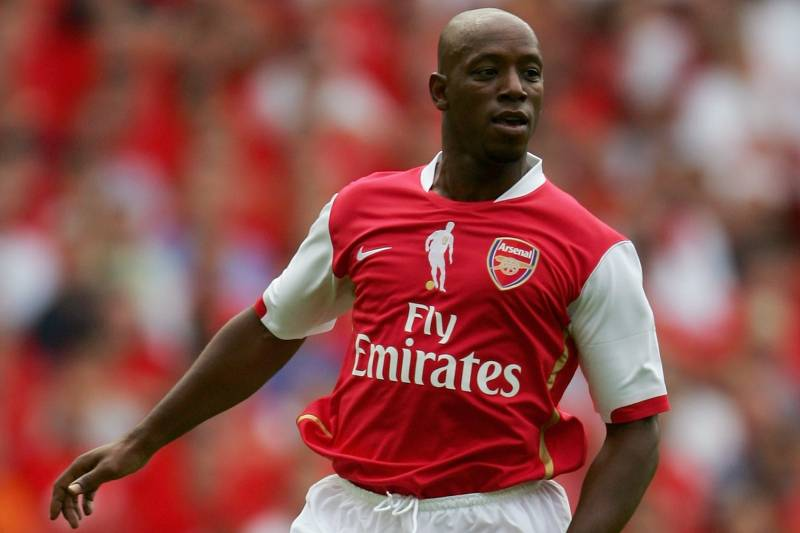 045c4d0e2 LONDON - JULY 22  Ian Wright of Arsenal in action during the Dennis  Bergkamp testimonial