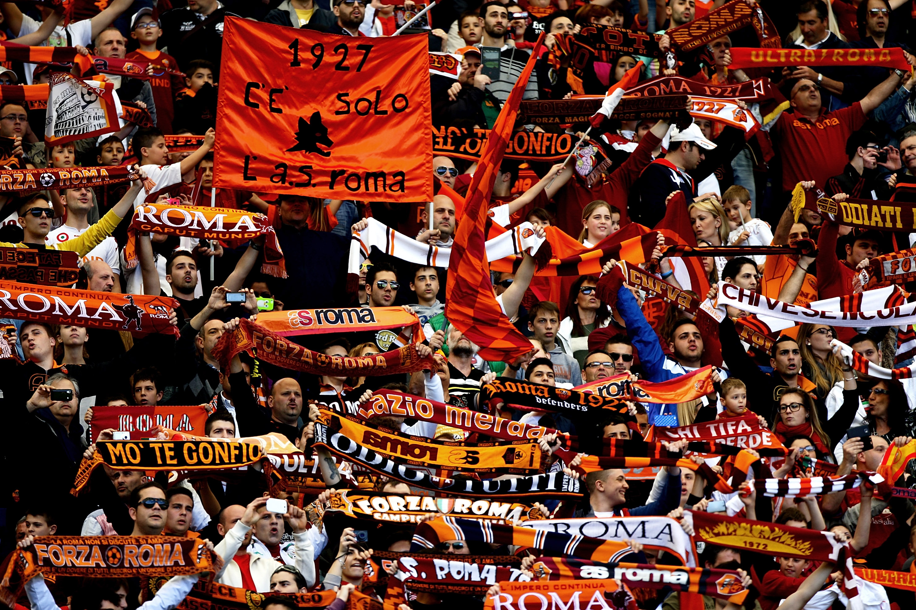 Why Roma-Lazio Is One of World Football's Fiercest Rivalries | Bleacher  Report | Latest News, Videos and Highlights