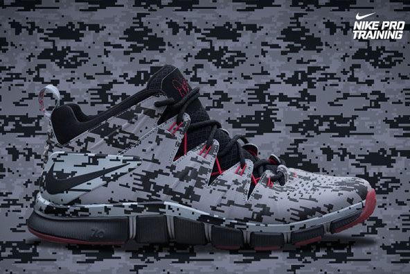 cheap for discount f470c b8932 Nike Free Trainer 7.0 'Warren Sapp' and 5.0 'Cris Carter ...