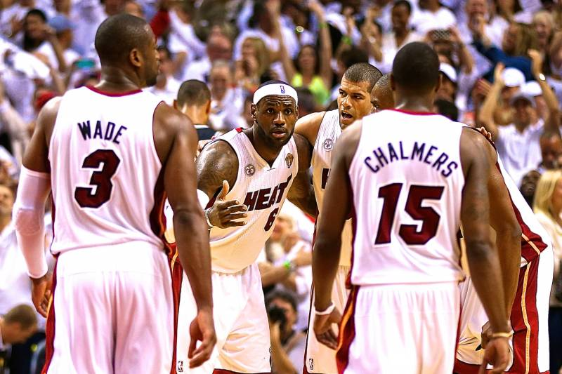 purchase cheap 2227d 8f497 King James' on the Court? Miami Heat Considering Using ...