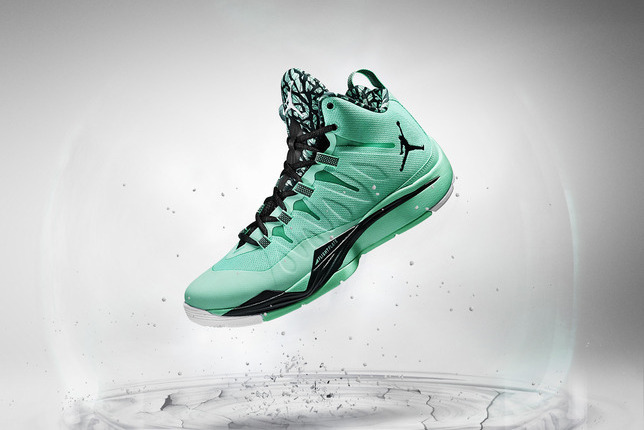 24256aa9be4 Power Ranking the NBA s 10 Best Signature Shoes Heading into 2013-14 ...