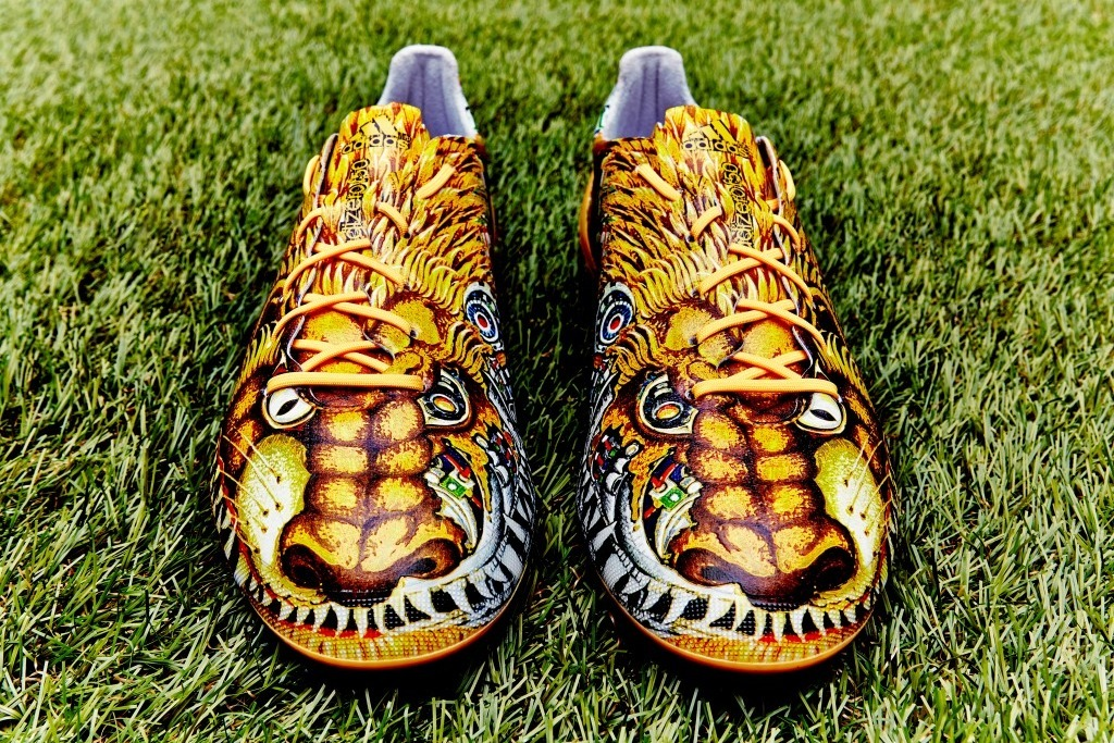 authentic quality special for shoe best price Adidas Release Japanese-Inspired Lion-Dog Boots, Stars to ...