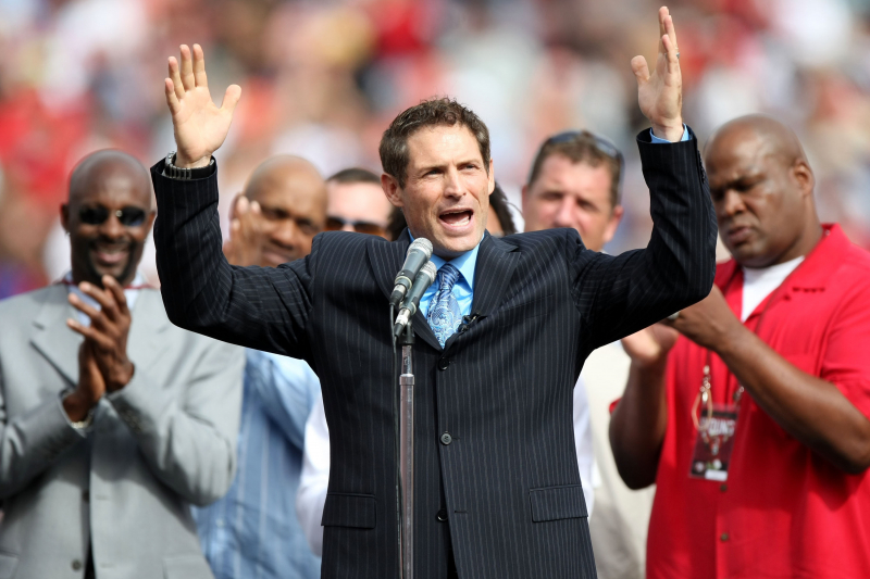 Steve Young Will Make $1 Million in 2014 from USFL Deal Signed in 1984