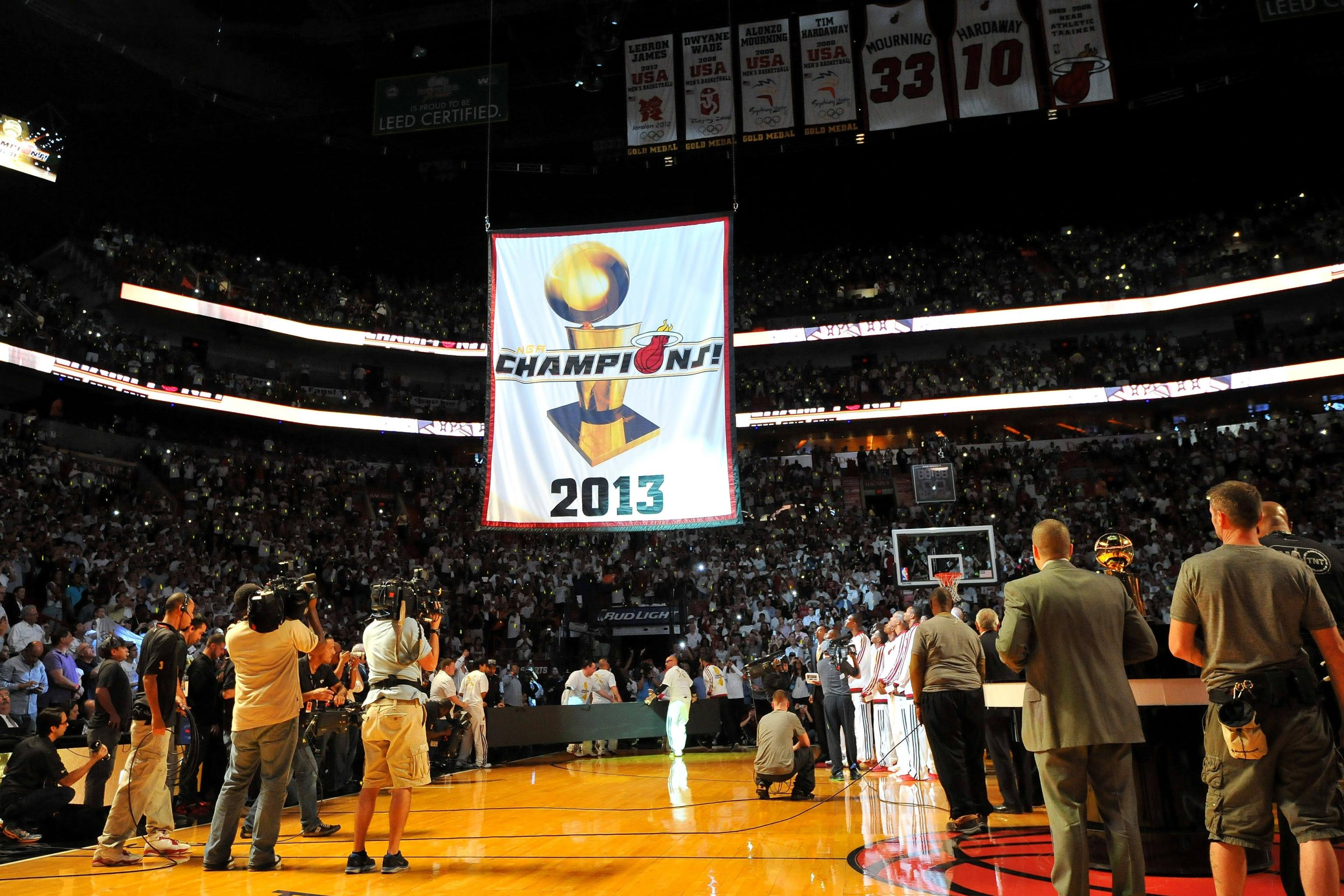 Miami Heat Championship Ring 2013 Recap Of Ceremony Before Tipoff Vs Bulls Bleacher Report Latest News Videos And Highlights