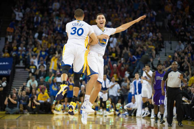 51d9c3eda29e Can Stephen Curry and Klay Thompson Be NBA s Best Shooting Backcourt Ever