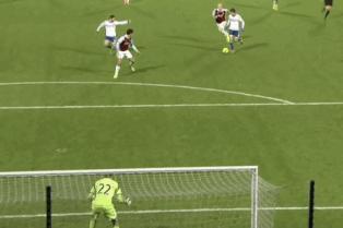 GIF: Oscar's Fine Solo Goal for Chelsea vs. West Ham ...