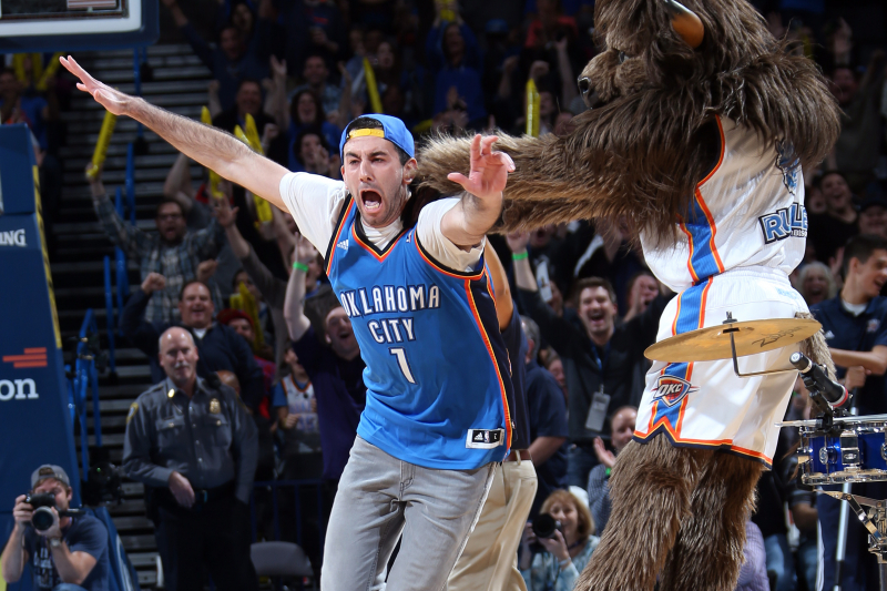 Thunder Fan Who Made Awesome $20K Half-Court Shot May Not See a Dime