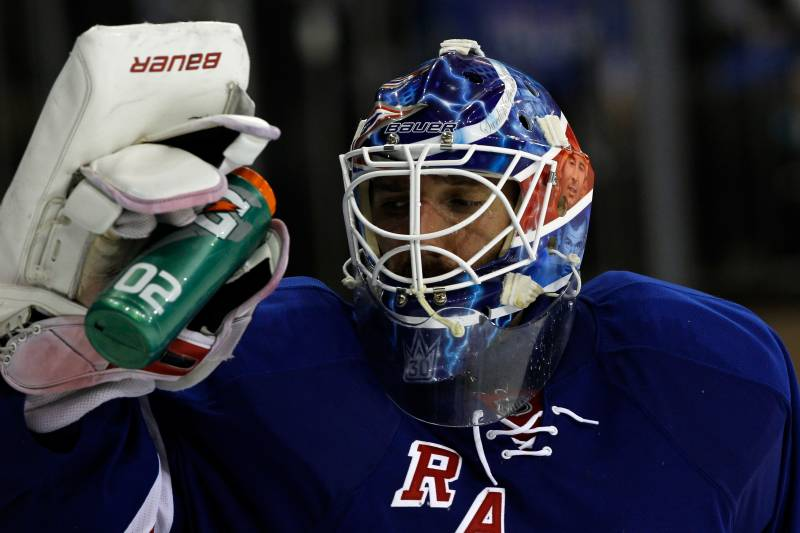 Henrik Lundqvist S New Contract Is Questionable But The Rangers Had