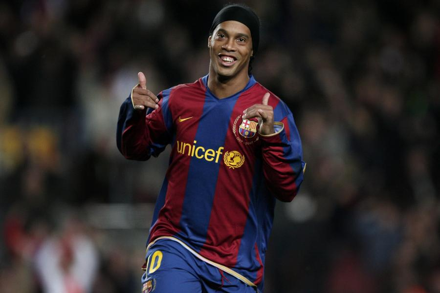Ranking The 16 Greatest Free Kick Takers Of All Time Bleacher Report Latest News Videos And Highlights