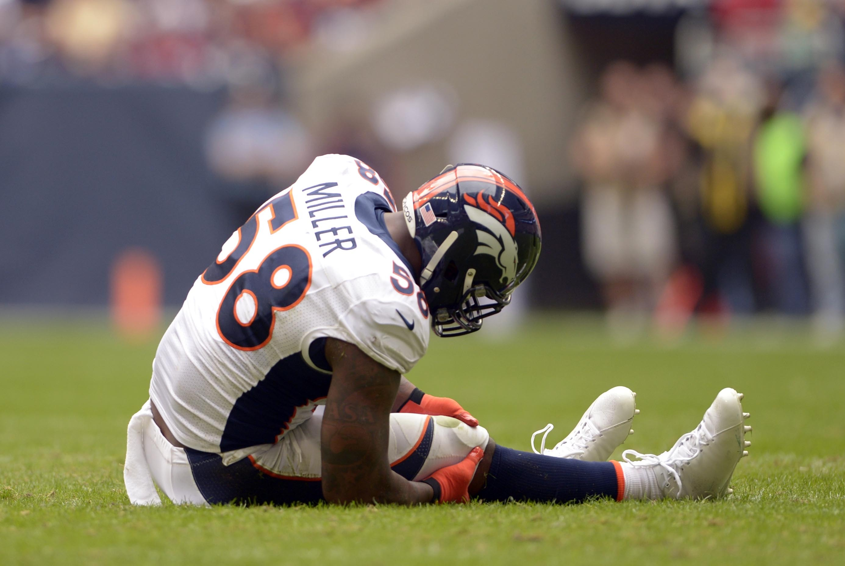 Von Miller's Injury a Severe Blow to Broncos' Super Bowl Dreams | Bleacher  Report | Latest News, Videos and Highlights