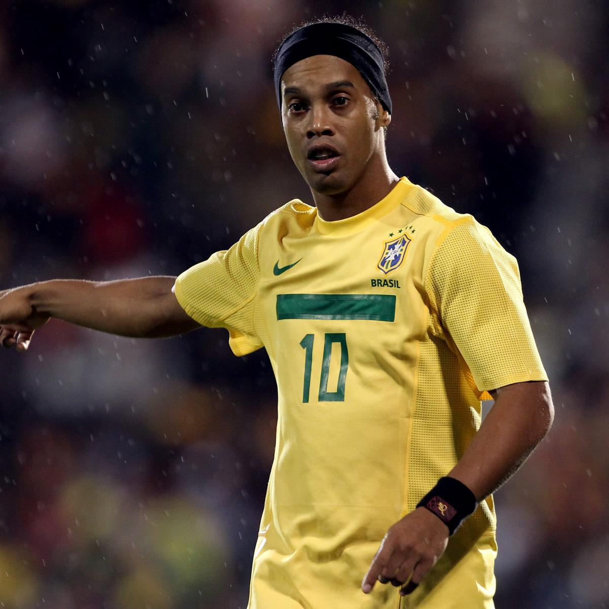 Ronaldinho Gaucho's 2013: A Year to Remember for the Brazilian Playmaker