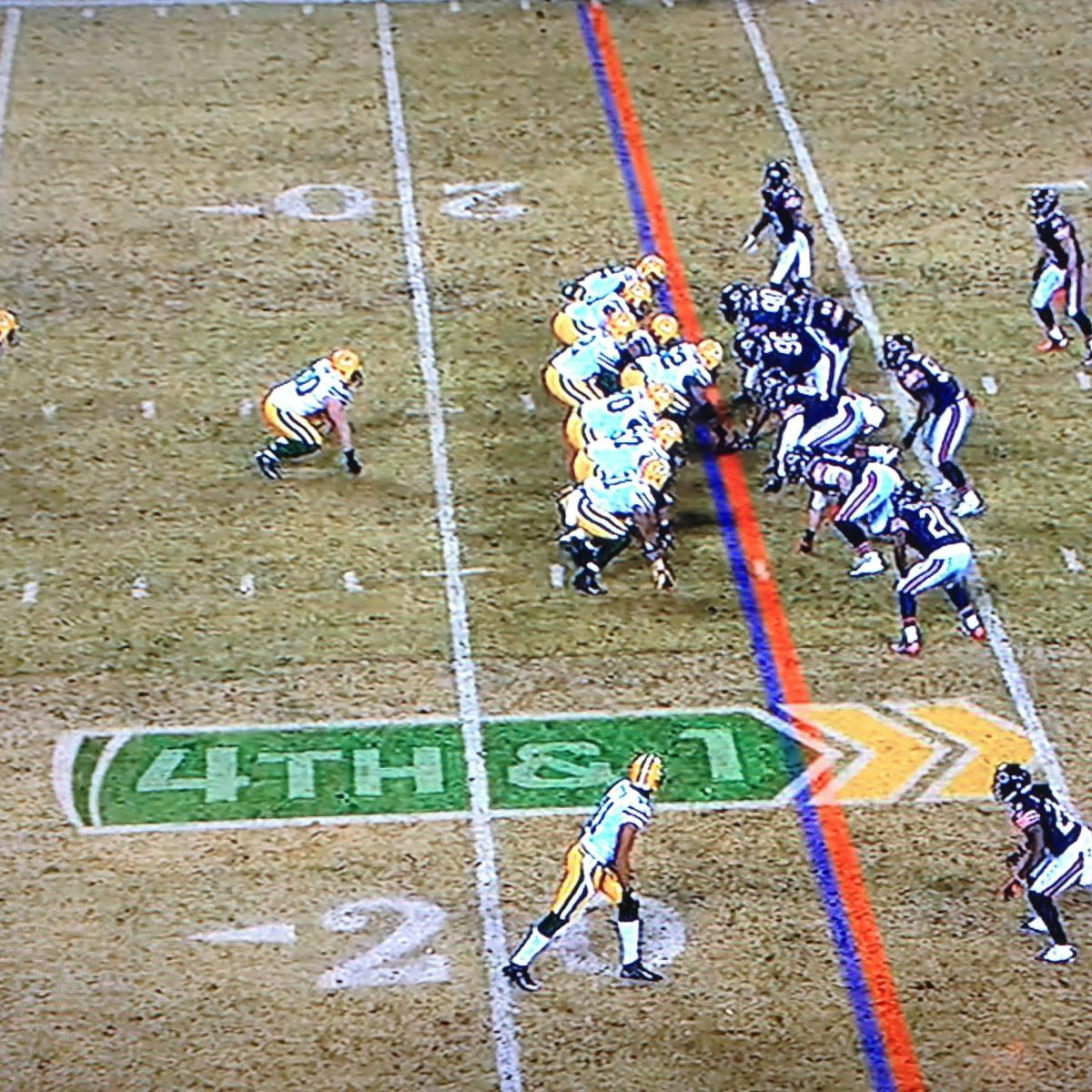 Referee Error Aids Green Bay Packers in Win over Chicago Bears ... 4e9b4604b