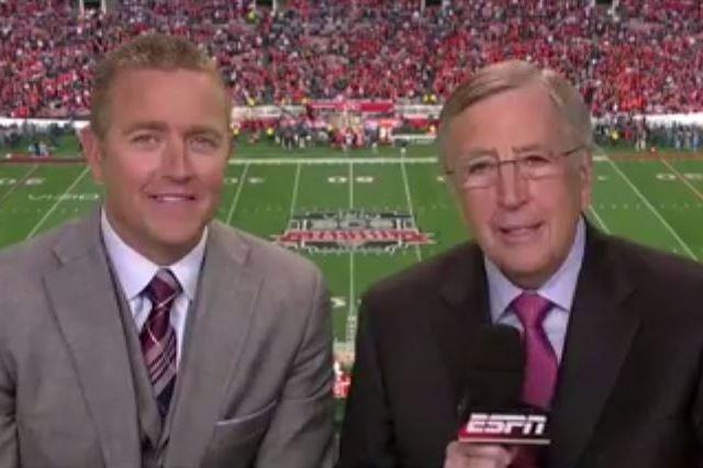 Brent Musburger Can T Remember Who He Is At Bcs National