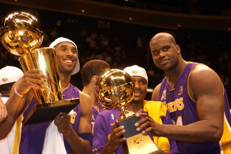 c5898b5970a Shaq Says He and Kobe Would Have 'Five or Six' Titles If They Stayed  Together