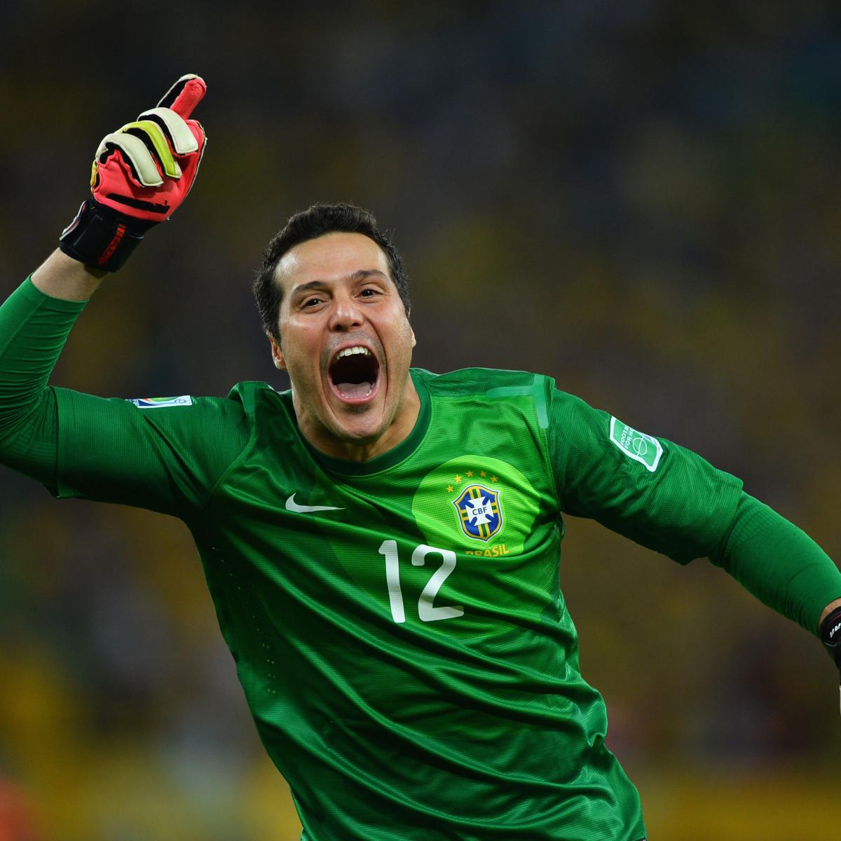 Julio Cesar Completes Transfer to MLS Franchise Toronto ...