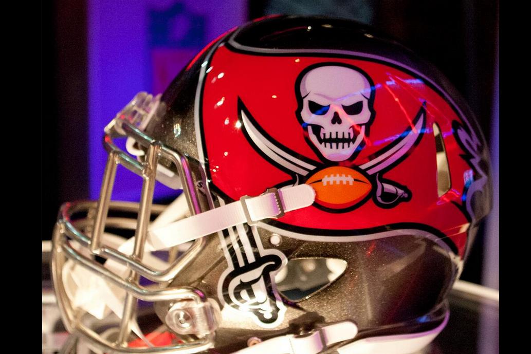 new buccaneers logo and helmet revealed by warren sapp and gerald mccoy bleacher report latest news videos and highlights new buccaneers logo and helmet revealed