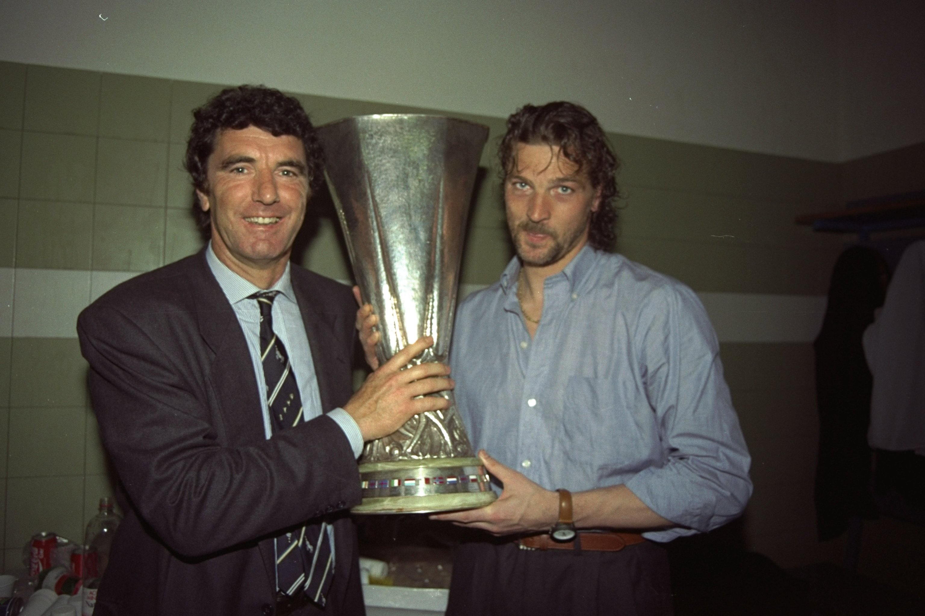 Remembering the 1990 UEFA Cup Final Between Juventus and ...