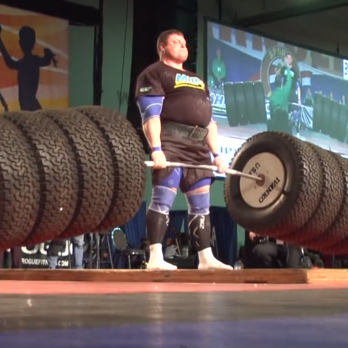 Zydrunas Savickas Breaks The World Record By Deadlifting