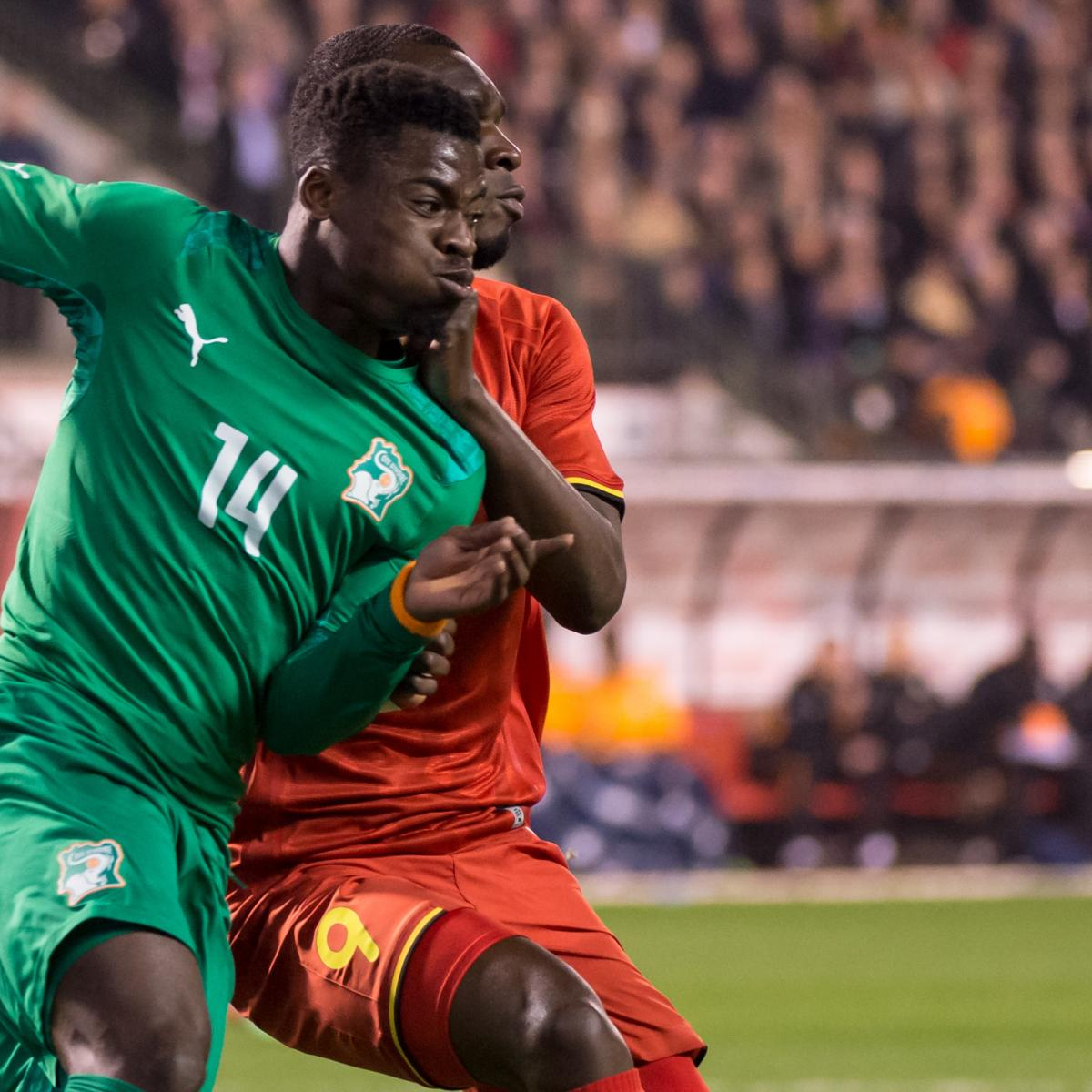 Serge Aurier Photos Et Images De Collection: Arsenal Transfer News: Serge Aurier Will Make Gunners