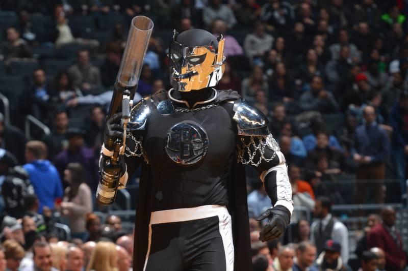 super popular e2d44 a124c Brooklyn Nets Discontinuing Terrible 'BrooklyKnight' Mascot ...