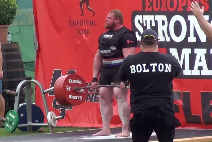 Benedikt Magnusson Breaks World Deadlifting Record, Wants No