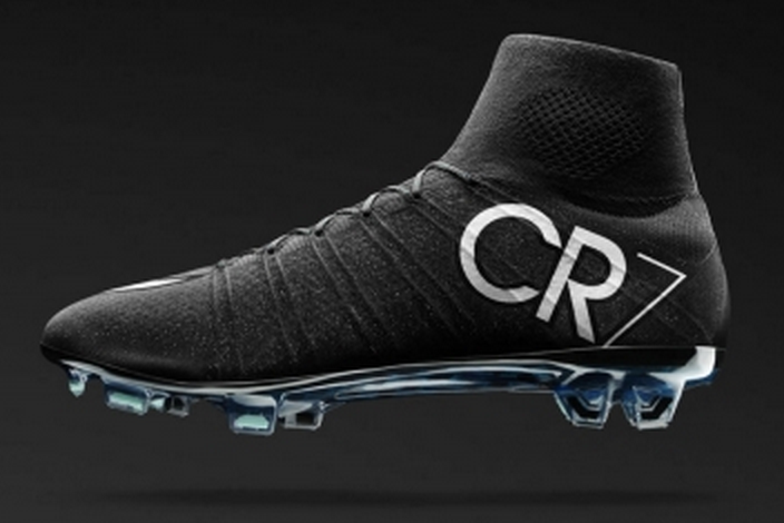 93486377190a Cristiano Ronaldo Reveals New Boots He Will Wear in the Clasico ...