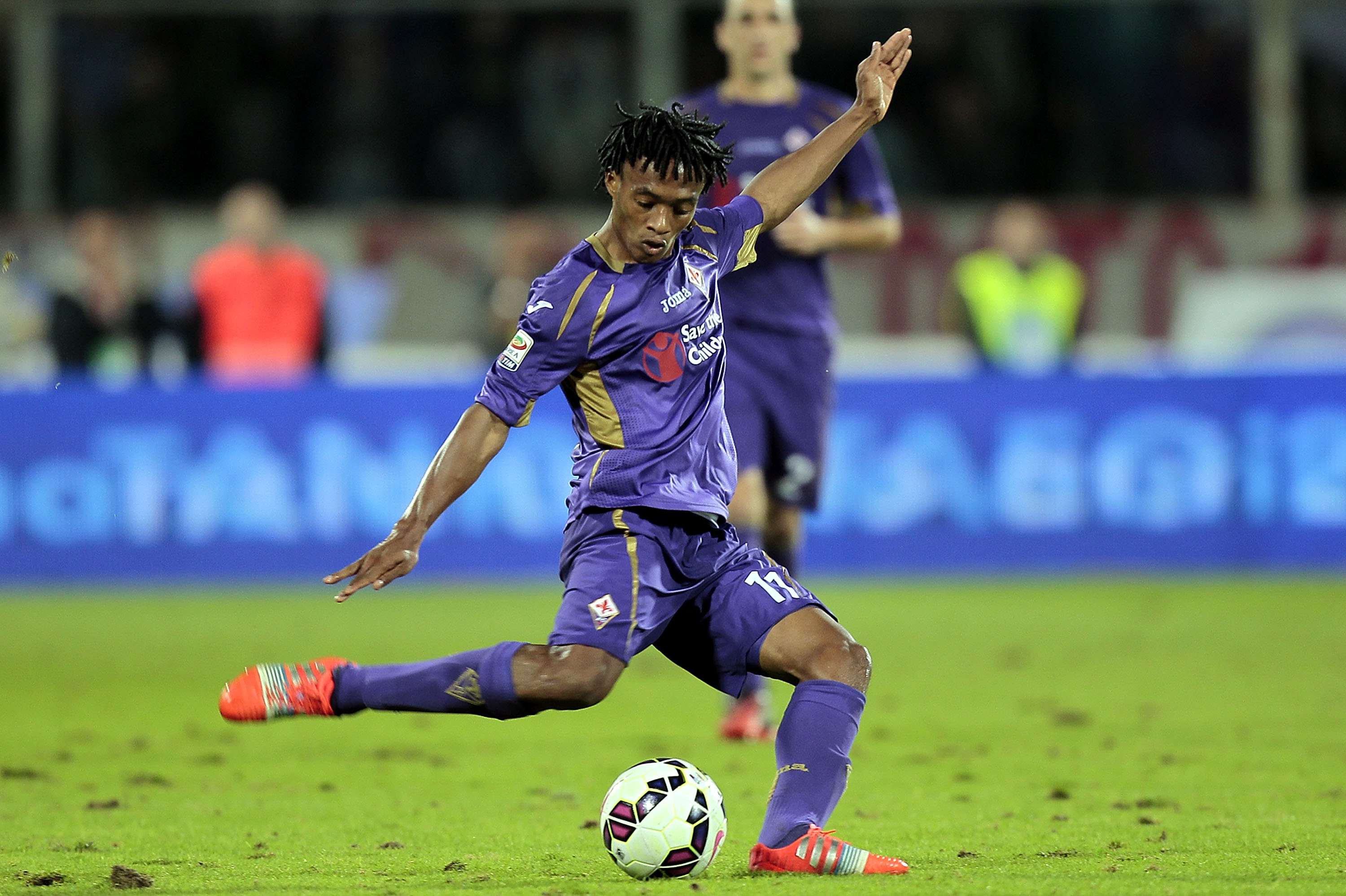 Juan Cuadrado, Fiorentina Agree to New Contract: Latest Details and  Analysis | Bleacher Report | Latest News, Videos and Highlights
